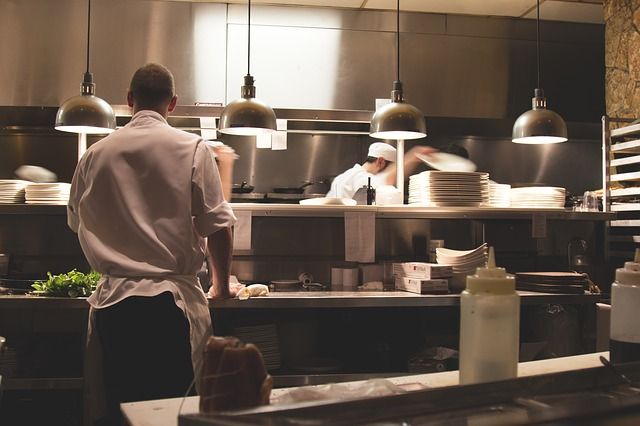 kuchaři restaurace.jpg