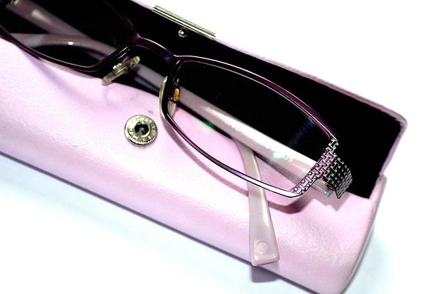 brýle v krabičce