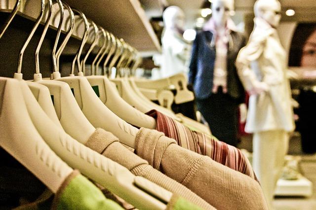 Přehled největších nakupovacích akcí u nás i v zahraničí
